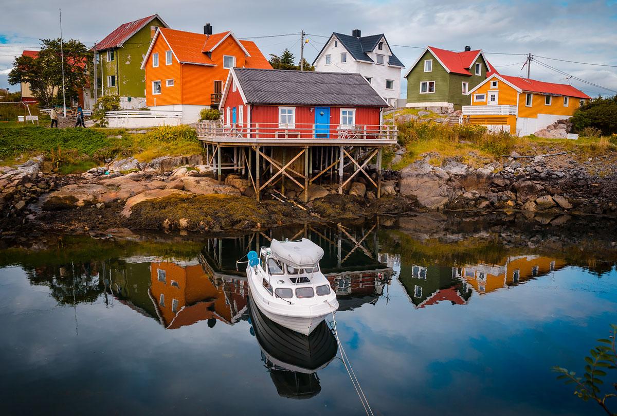 1-Henningsvaer-Houses-_-Boat-DSC_8522-Alberto