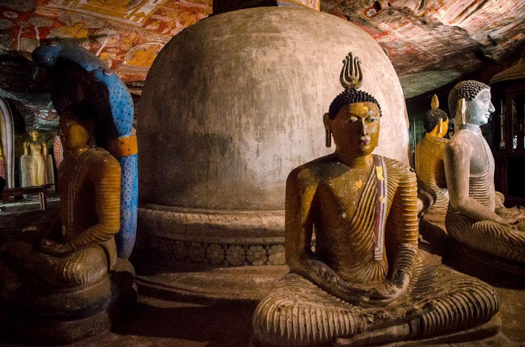 Statues of Buddha - Dambulla Cave