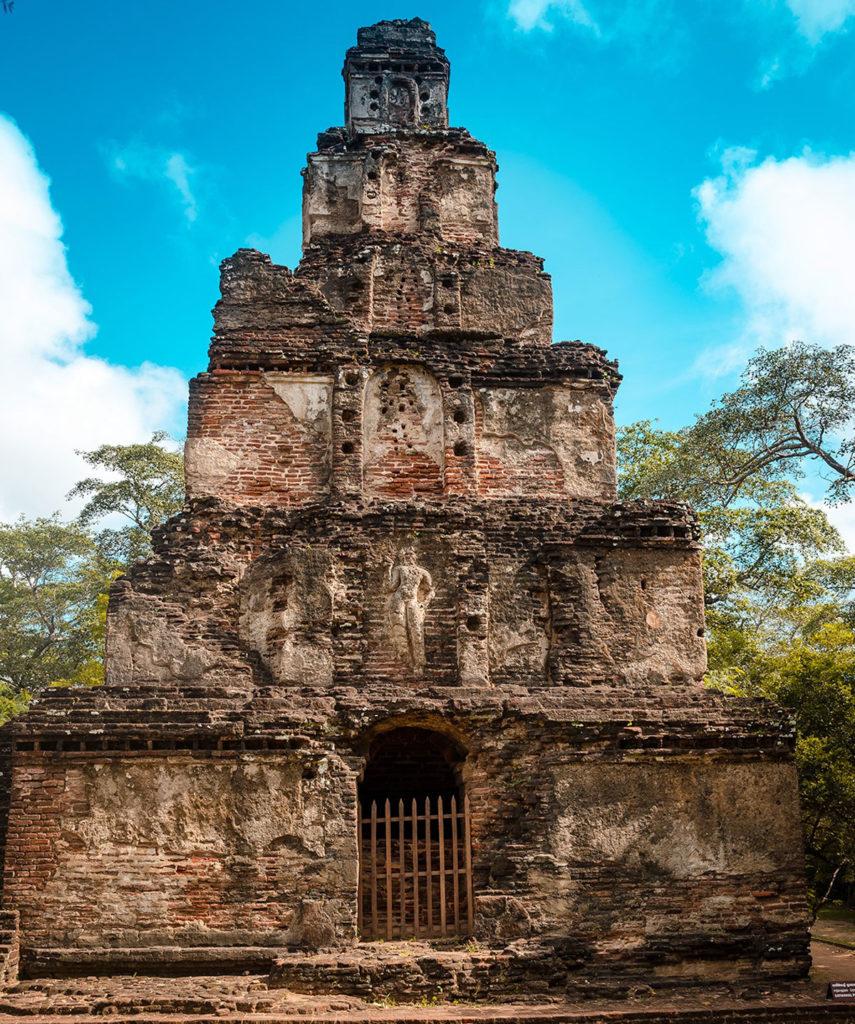 Sathmahal Prasada ruins - Polonnaruwa