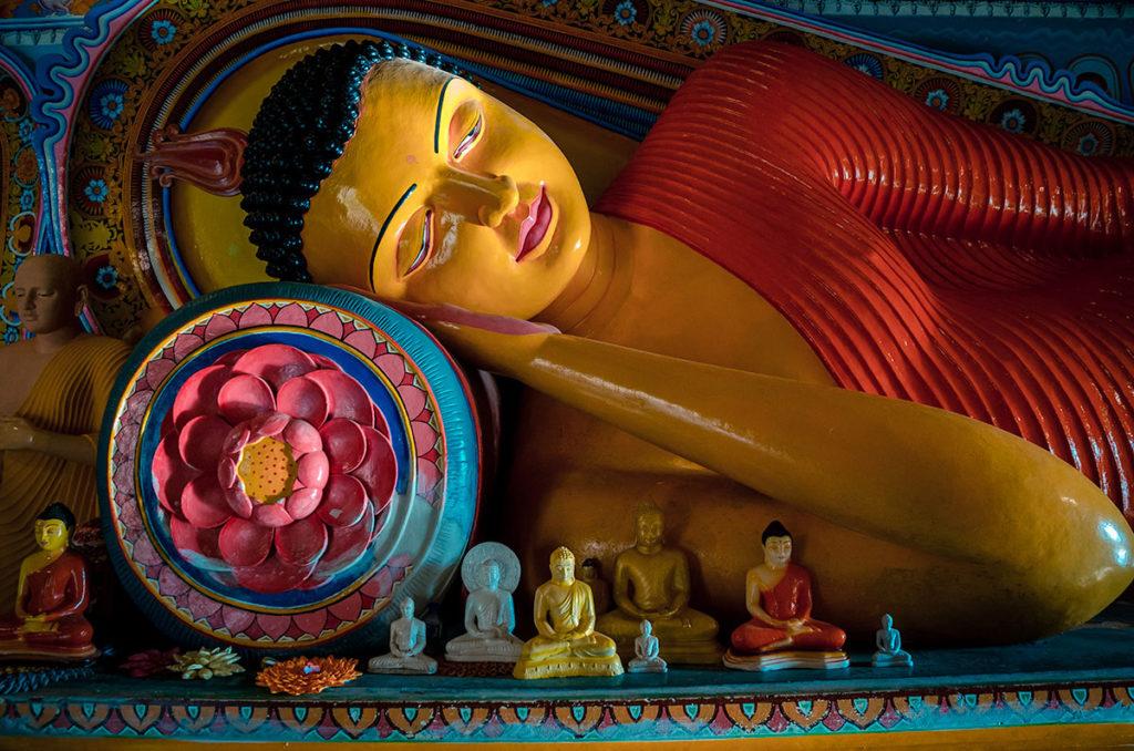 Sleeping Buddha – Anuradhapura
