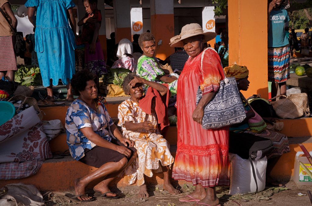 Lenakel Market Women