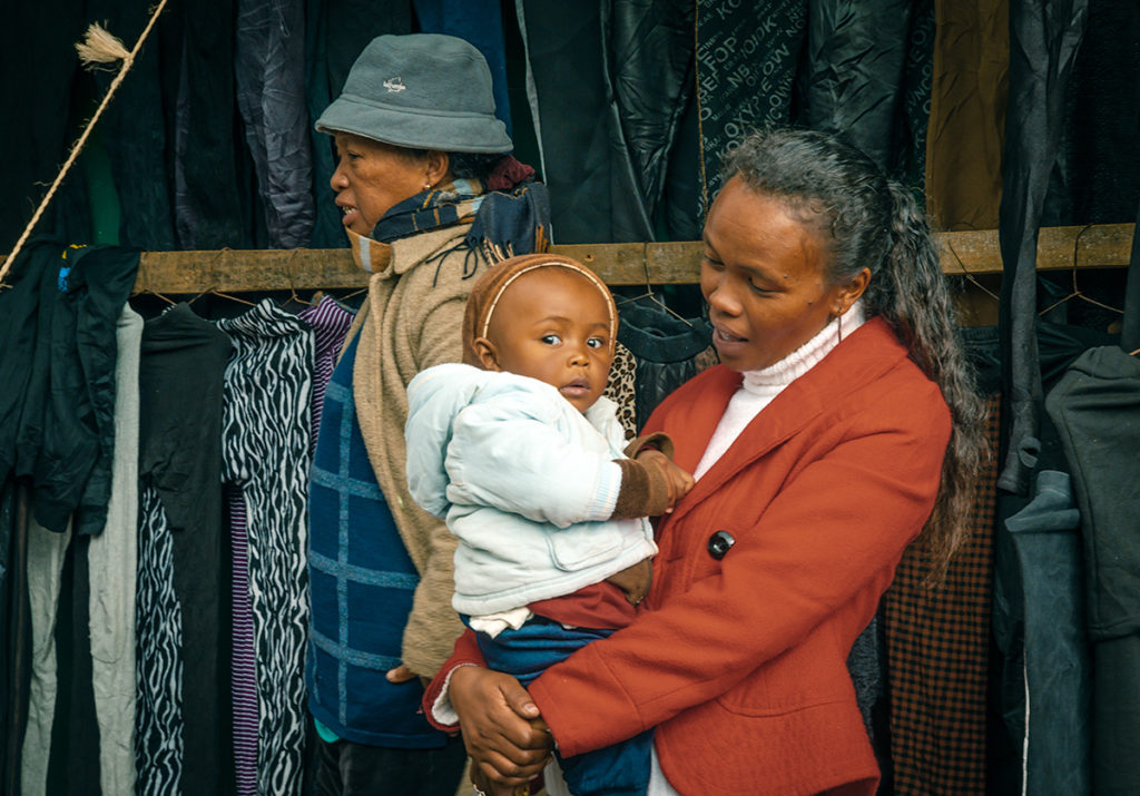 Fianarantsoa – Mother with Child