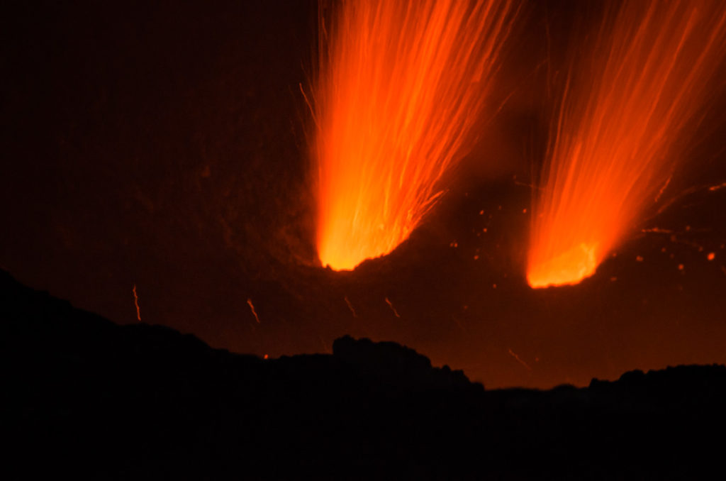 Mt Yasur Lava Blasts