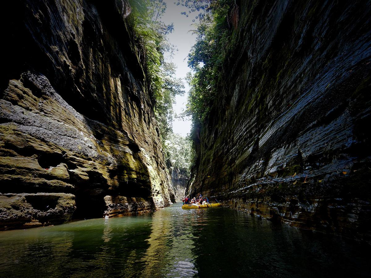 Upper Navua Gorge Rafting