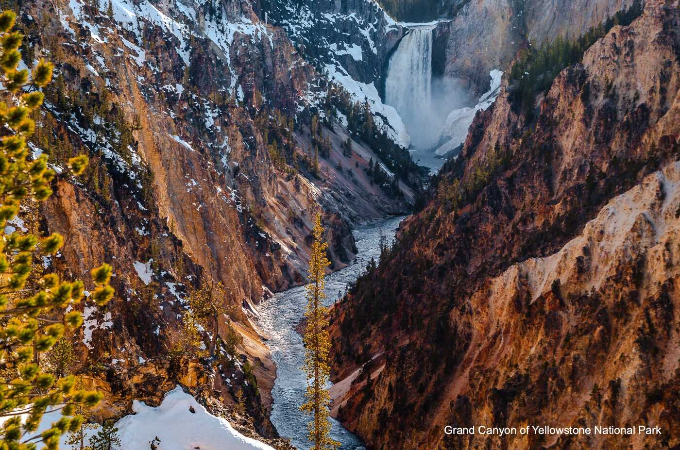 Yellowstone River Canyon & Lower Falls with Title