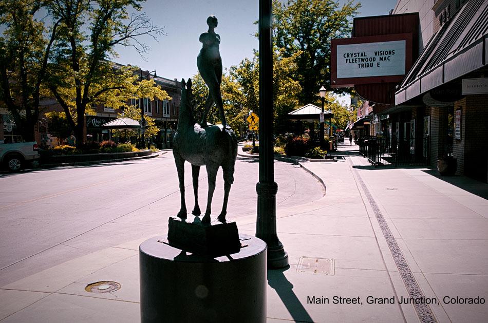 Dalton Trumbo in Bathtub Sculpture, Grand Junction